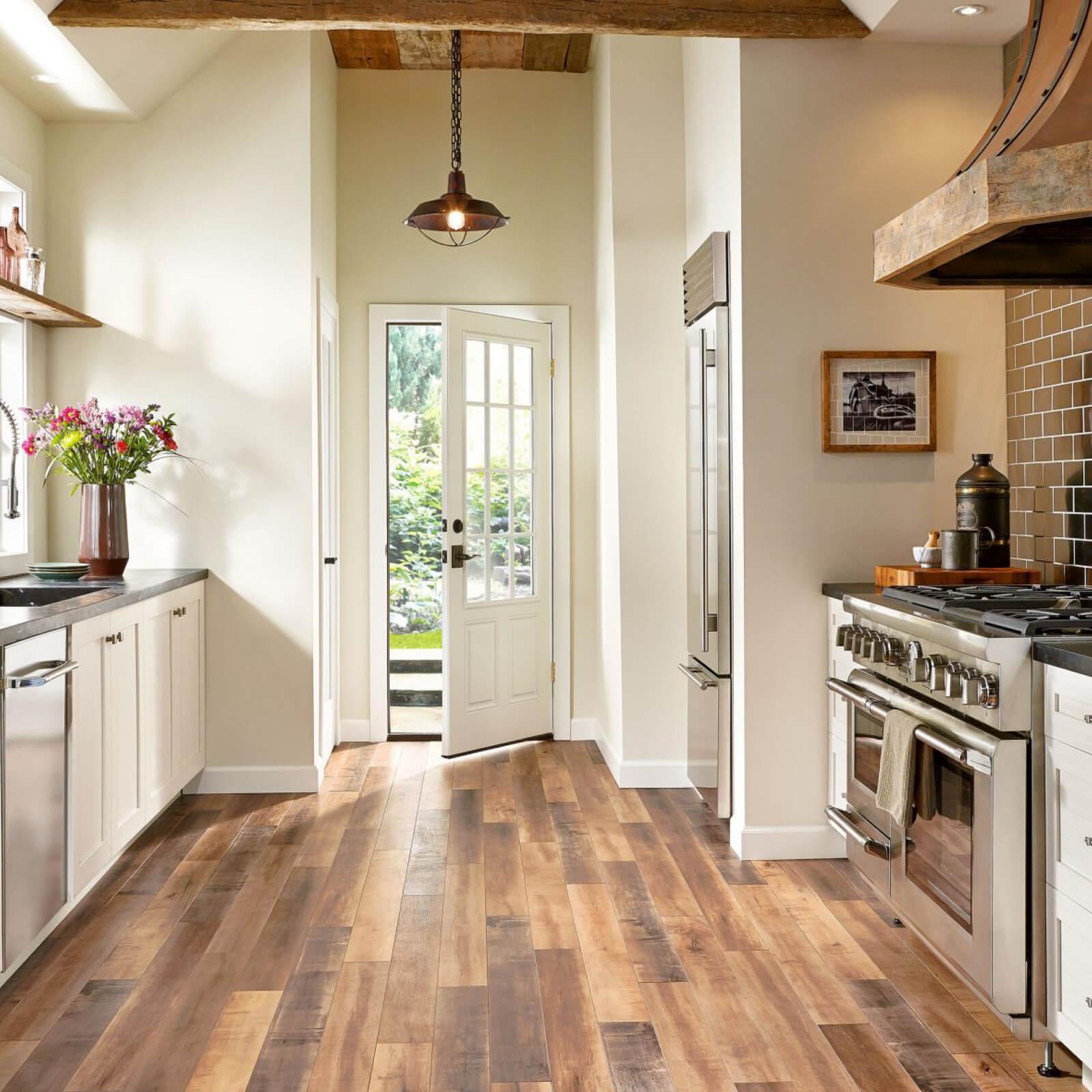 Hardwood flooring | Shan's Carpets & Fine Flooring