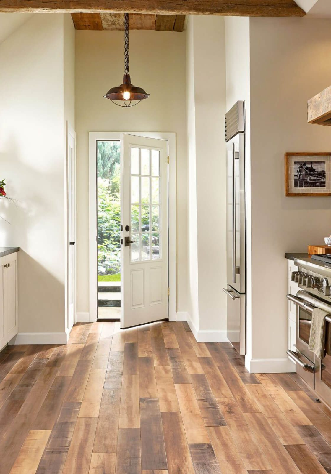 should-you-install-hardwood-kitchen